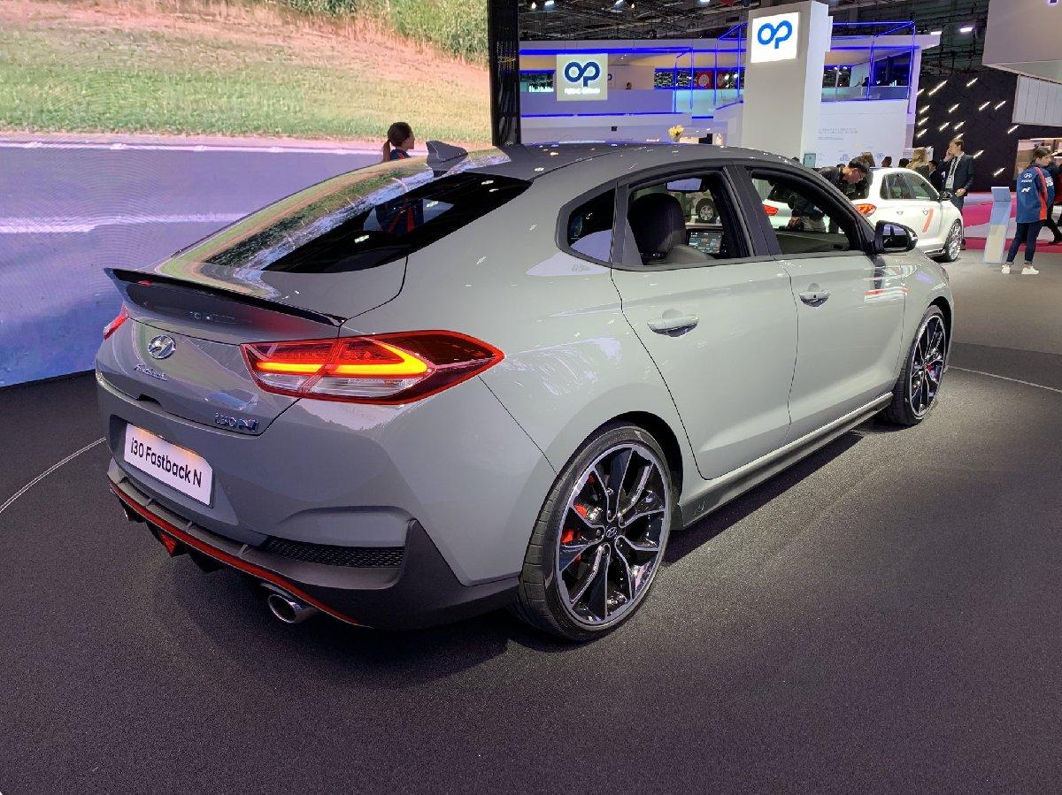 i30-fastback-n-1