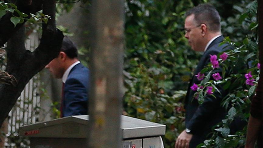 Rahip Brunson özel uçakla Türkiye'den ayrıldı