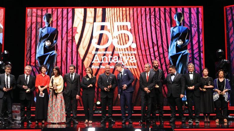 55. Uluslararası Antalya Film Festivali'nde ödüller belli oldu… En iyi film ödülü '3 Yüz'e verildi…