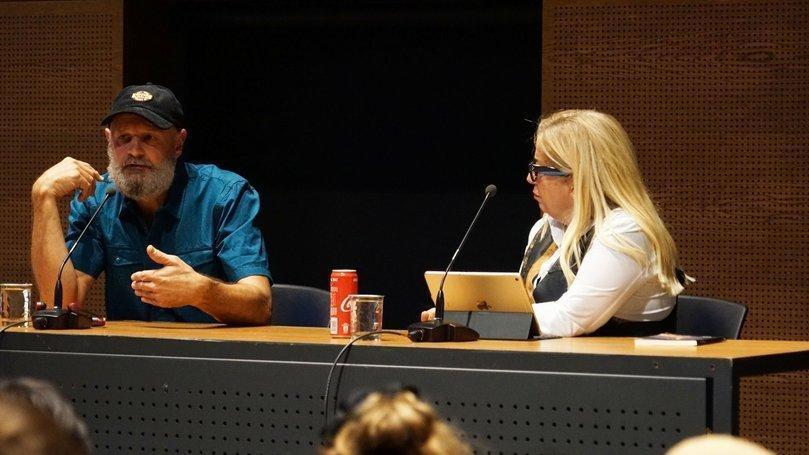 Erlend Loe, Ayşe Erbulak'ın moderatörlüğündeki söyleşiye katıldı