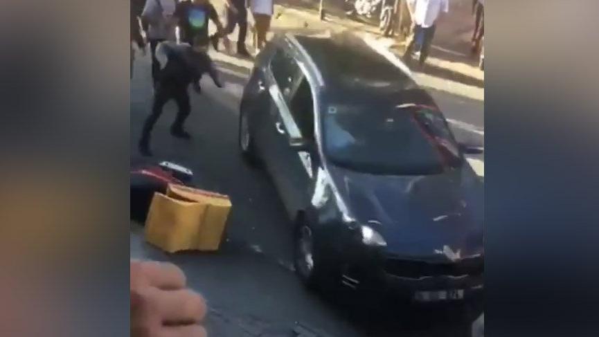 Son dakika: Bakırköy'de dehşet! Otomobili yayaların üzerine sürdü