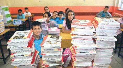 Araştırma: Türkiye'de ders kitaplarında ayrımcı ögeler arttı