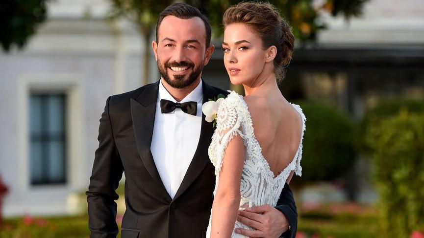 Bensu Soral ve Hakan Baş muhteşem bir düğünle evlendi