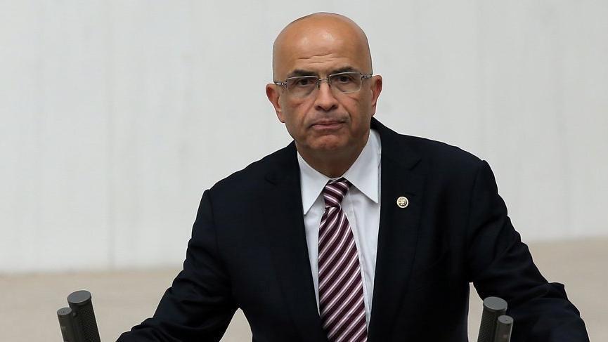 Enis Berberoğlu'na yurtdışına çıkış yasağı konuldu