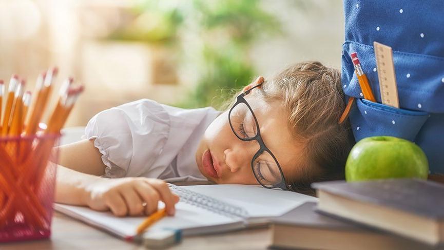 Ders arasındaki uyku öğrenmeyi kolaylaştırıyor