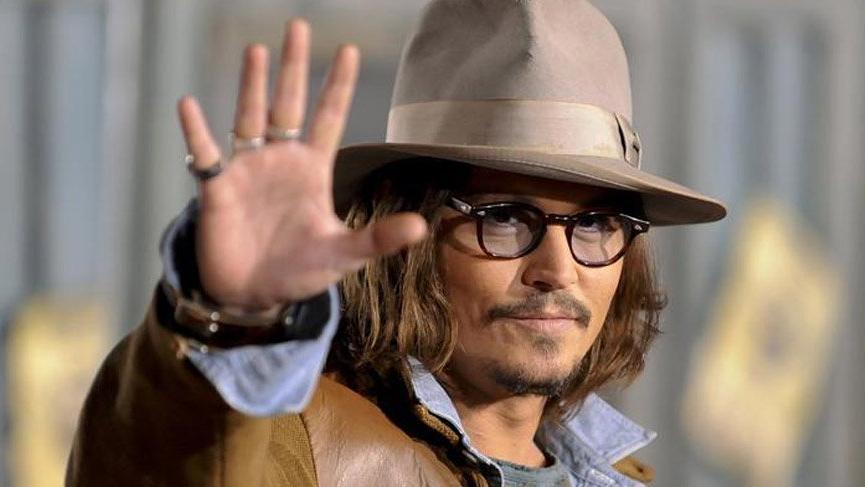 Johnny Depp'e büyük şok!