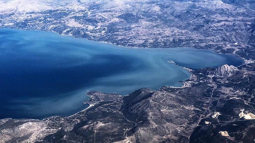 Eğirdir Gölü'nde büyük tehlike: Su kodu giderek düşüyor