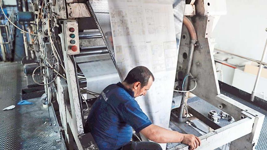 Kağıt krizi, 300 gazete ve matbaayı kapattırdı
