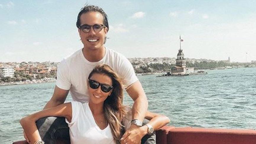 Ünlü manken Özge Ulusoy, sevgilisinin doğum gününü İstanbul'da kutladı