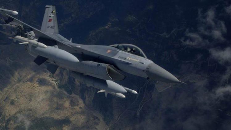 Irak'ın kuzeyine hava harekatı: 4 terörist öldürüldü