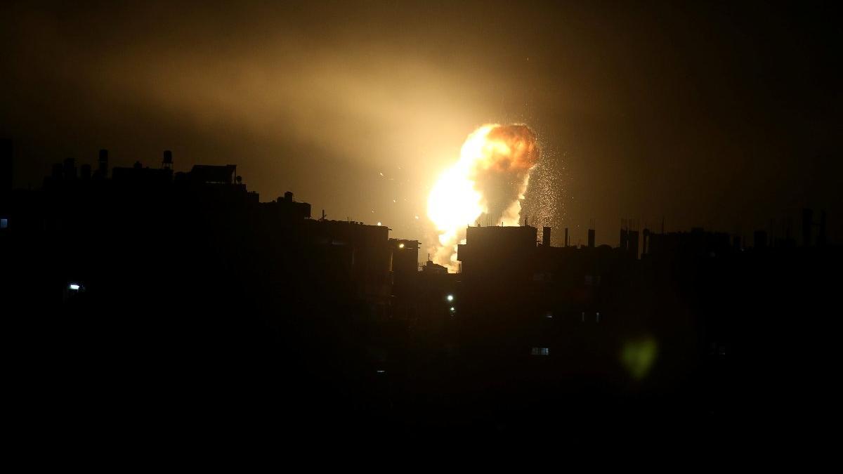 İsrail Gazze'yi bombaladı... Yıkımın boyutu sabah ortaya çıktı