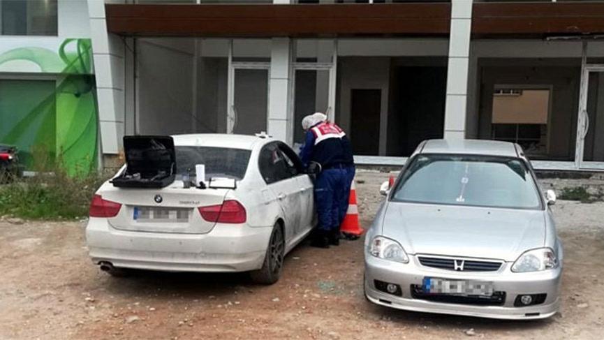 Otomobilden içinde 160 bin lira olan çanta çalındı