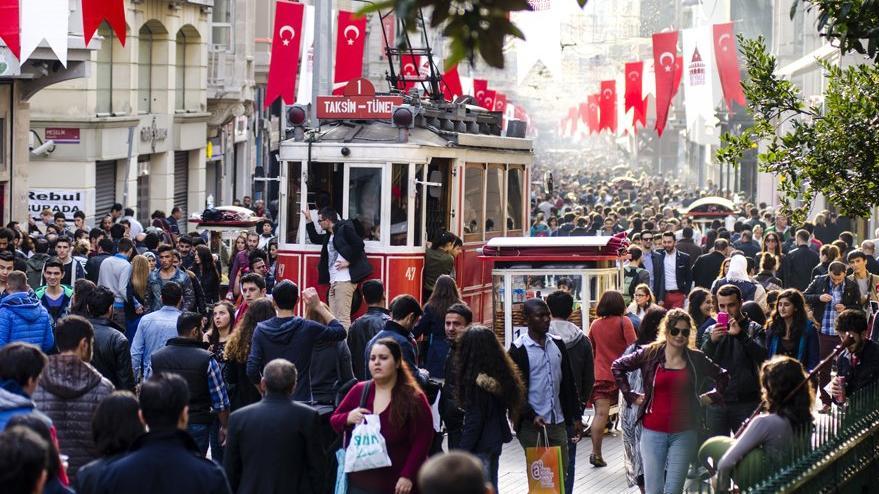 Biz zamları ve hayat pahalılığını konuşurken Türkiye'de 8 kişi daha dolar milyarderi olmuş