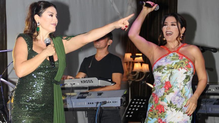 Aşkın Nur Yengi'nin konser stili