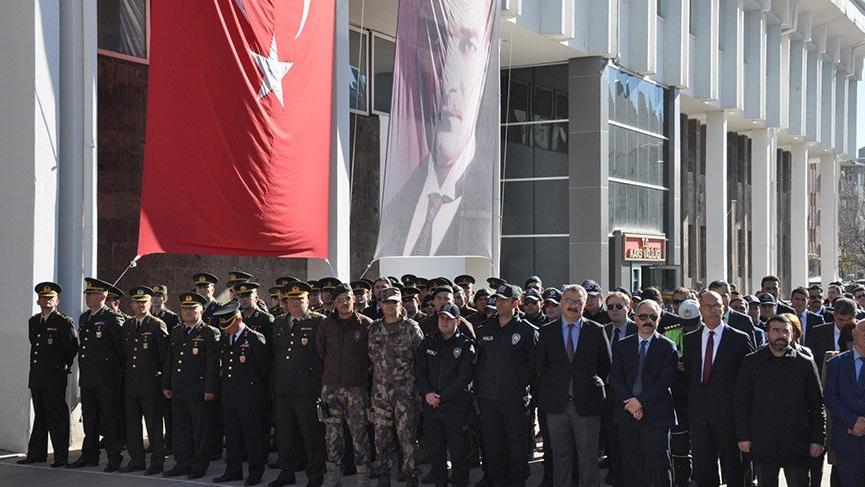 Kars'ın düşman işgalinden kurtuluşunun 98. yıl dönümü etkinliklerle kutlandı