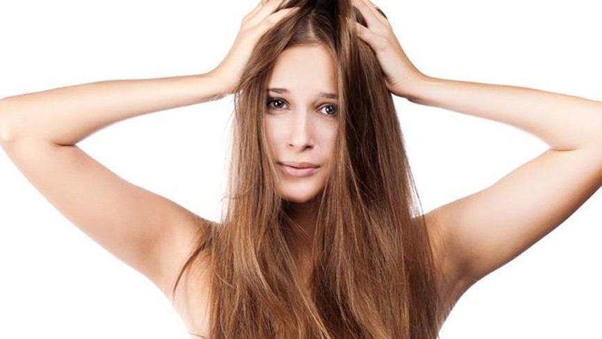 Saç kepeklenmesi: Kepek nedir? Kepek neden olur ve nasıl önlenir?