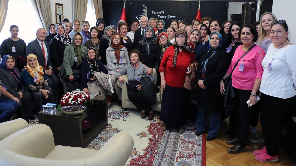 Kılıçdaroğlu, Eskişehirli kadınları makamında ağırladı