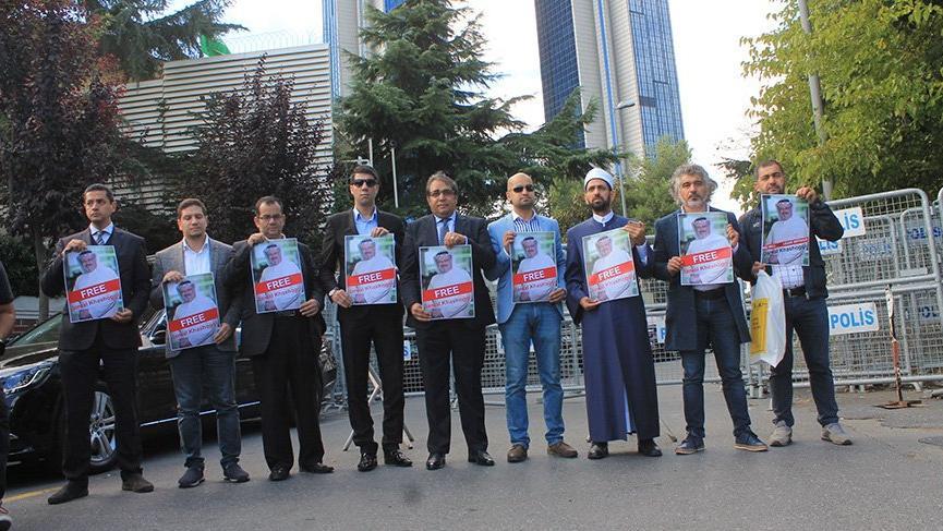 Başkonsolosluk önünde 'kayıp gazeteci' için eylem