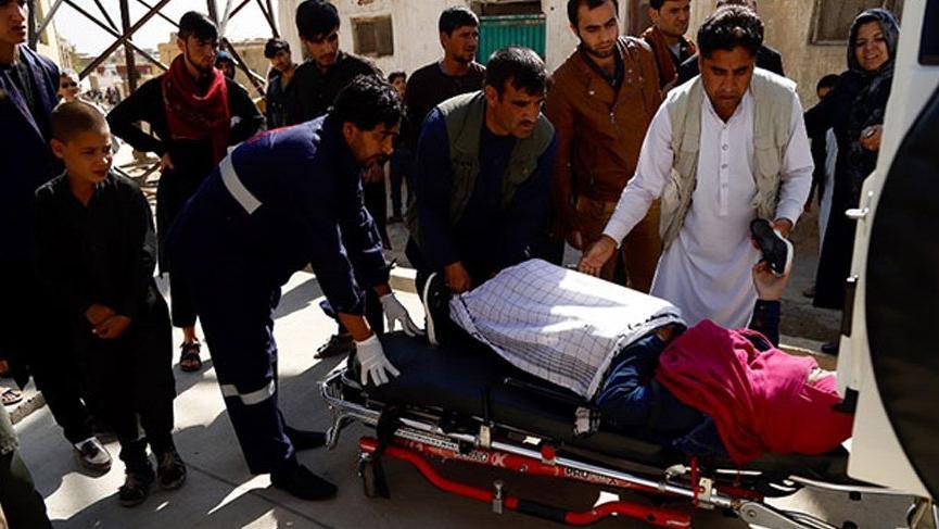 Afganistan sandık başında! İlk günde 192 saldırı, onlarca ölü