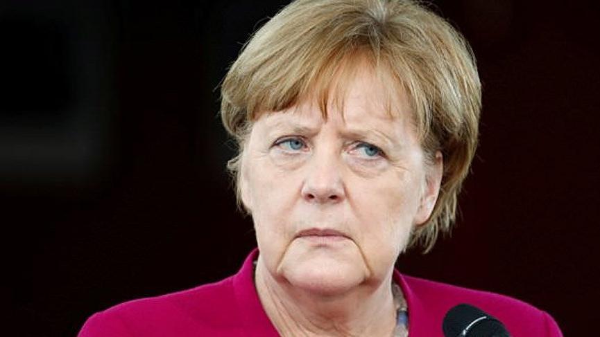 SON DAKİKA... Bavyera seçimlerinde Merkel'e büyük şok