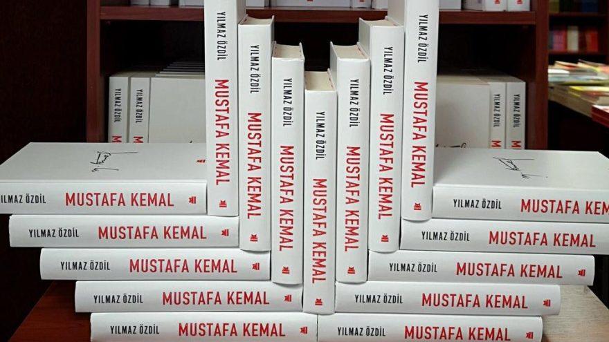 Yılmaz Özdil'in kitabı 'Mustafa Kemal' Azerbaycan Türkçesi ve Rusça'da