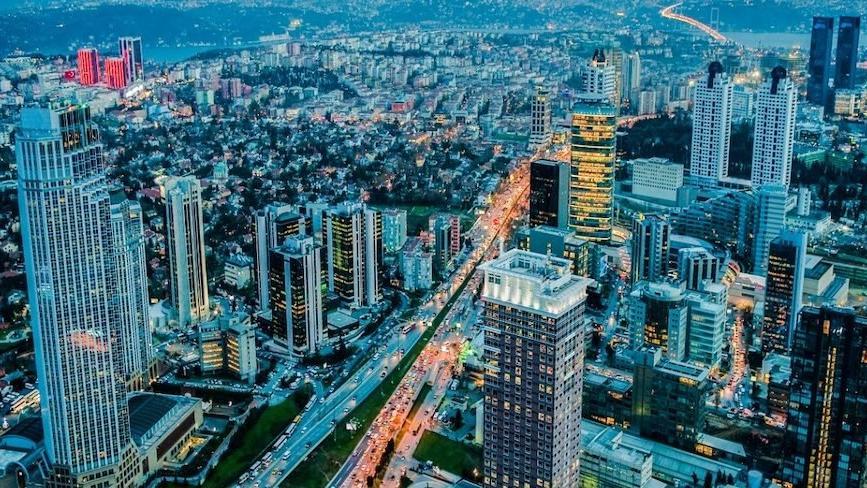 İstanbul'da ofis kiraları düşmeye devam ediyor