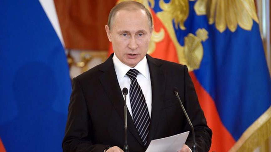 Putin: Ankara yükümlülüklerini yerine getiriyor
