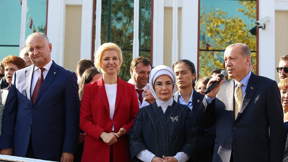 Erdoğan: Sizlere 81 milyonun selamını iki de TOMA getirdik