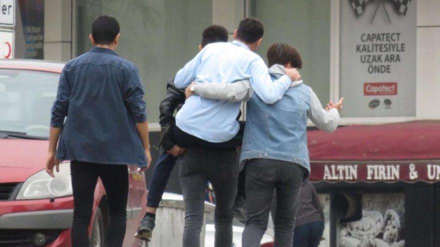 İstanbul'da okul kantininde bıçaklı kavga: 2 öğrenci yaralı