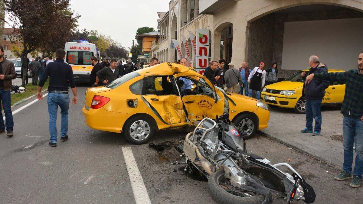 Polisin şehit olduğu kazada taksi şoförü tedavisinin ardından tutuklandı