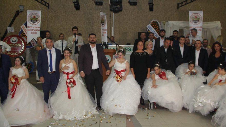Bursa'da 8 engelli genç kız için temsili düğün düzenlendi