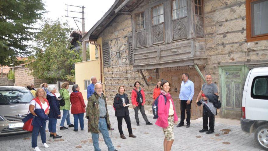 Düğmeli Evler turistlerin gözdesi oldu