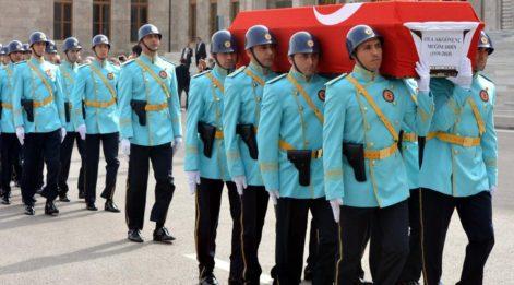 Milli Görüş'ün önemli ismi Oya Akgönenç için Meclis'te tören