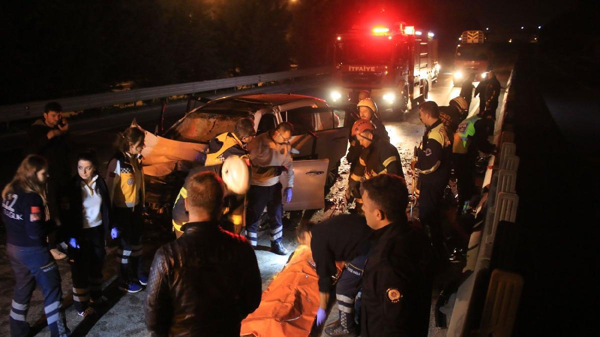 Kocaeli'de feci kaza! İki kişi öldü, bir ağır yaralı