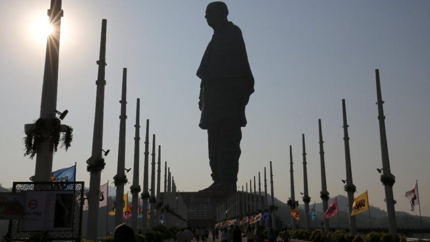 Dünyanın en uzun heykeli rekoru artık onun! 2.3 milyar TL harcandı