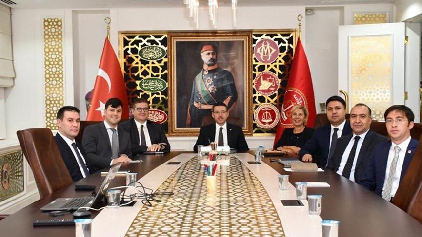 "CHP'den Sayıştay Başkanı'na sert tepki: ""Başkan da fes giysin"""