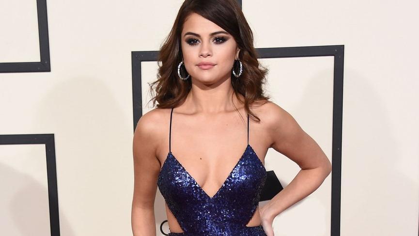 Selena Gomez hastaneye yatırıldı