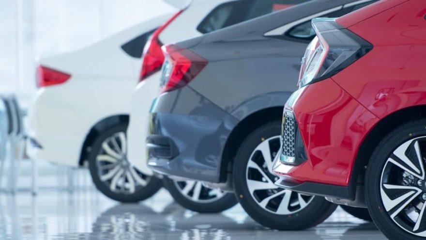 Otomobil satışlarında kötü haber!