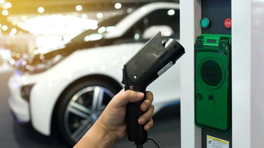 Kia ve Hyundai'den güneş ışınlarını depolayan teknoloji!