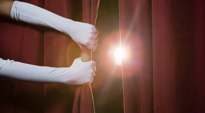 Tiyatroda sahneye çıkmak için sırası gelen kişileri uyarmakla görevli kişilere ne denir? Hadi 18 Ekim 12:30 ipucu sorusu