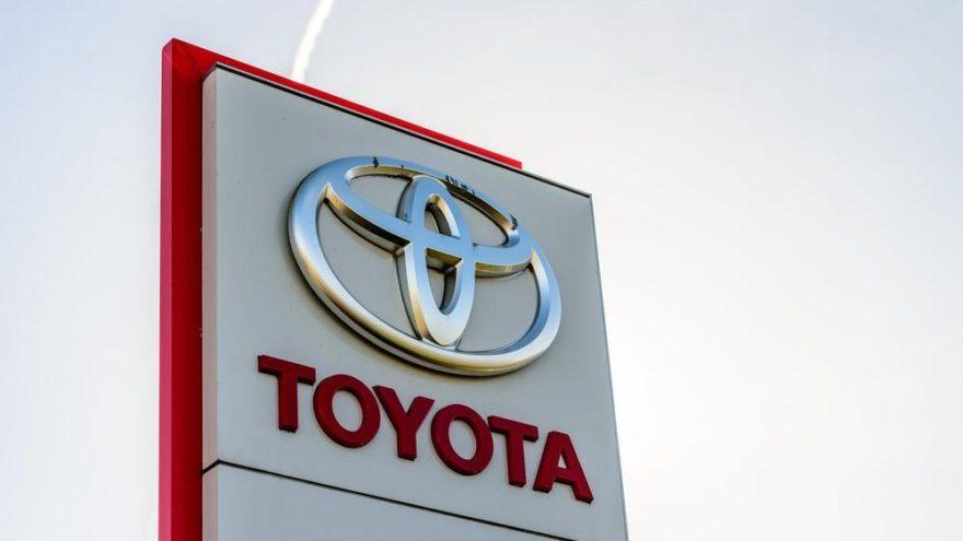 Toyota 2.4 milyon hibrit aracını geri çağırıyor!