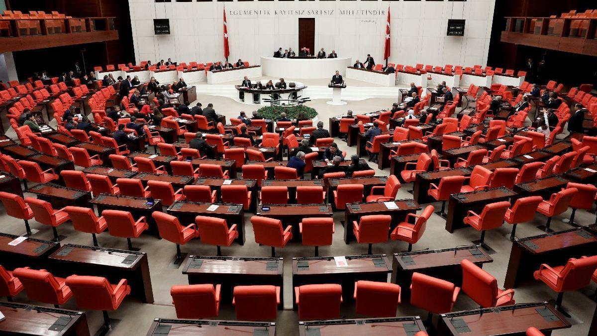 İçtüzük teklifi Meclis'te kabul edildi