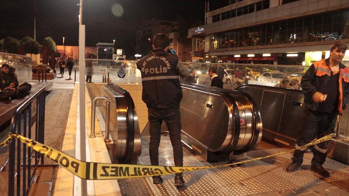 Taksim metrosunda esrarengiz ölüm