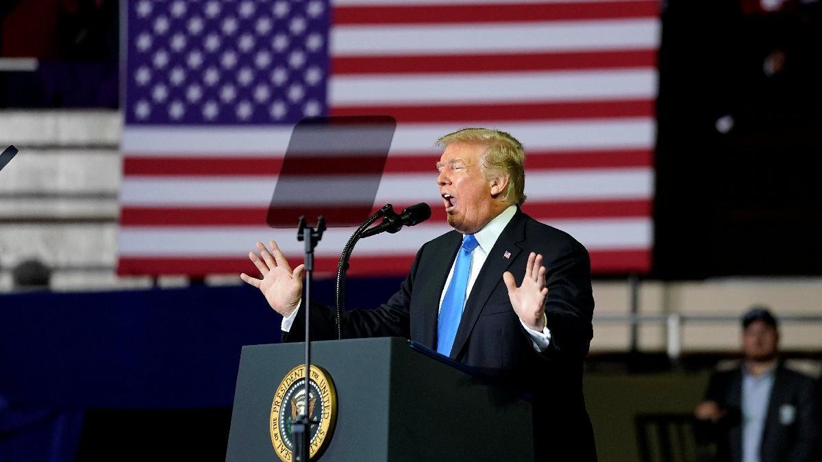 Brunson'ı karşılayan Trump, mitinglerine hızlı başladı