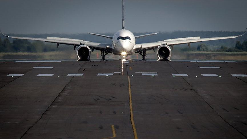 ABD yolcu uçağı Sydney'e acil iniş yaptı
