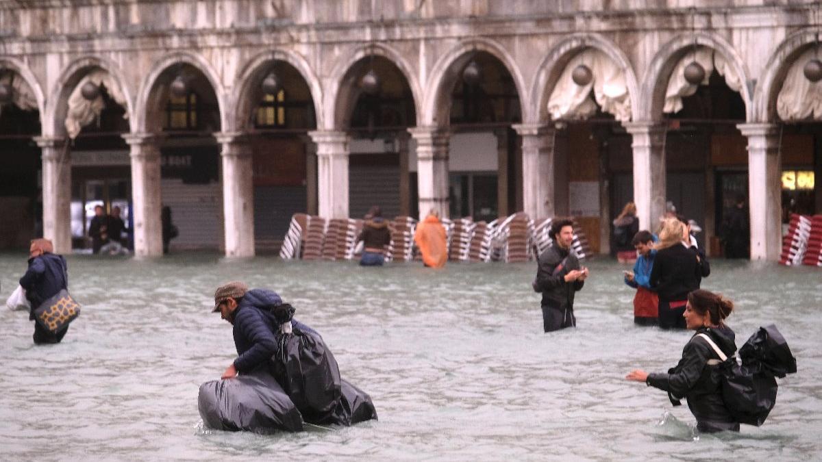 Venedik'te korkutan manzara... Böylesi yıllardır görülmemişti