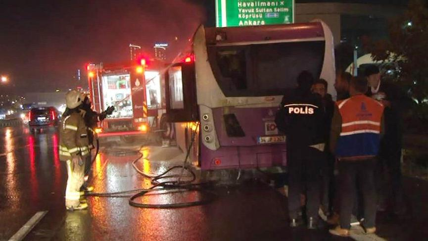 Son dakika haberi…. İstanbul TEM'de otobüs yangını!