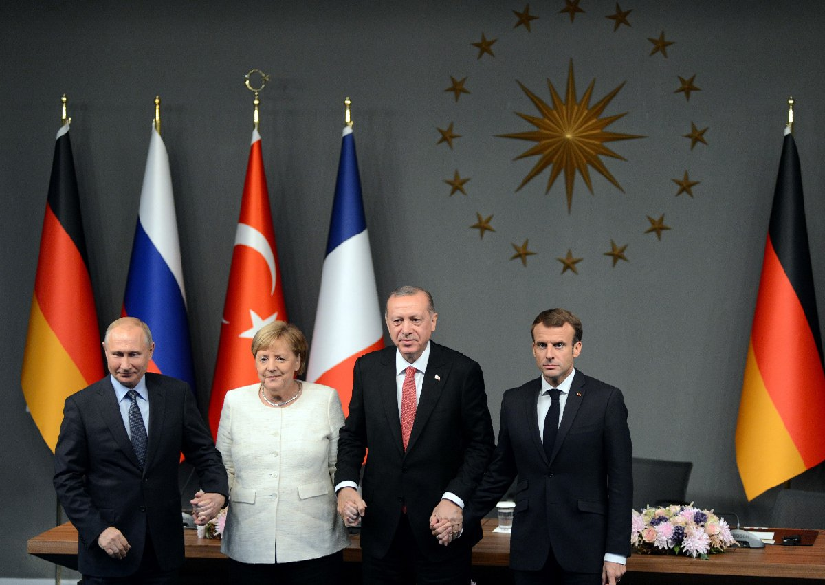 FOTO:İHA - Merkel, Suriye zirvesi için hafta sonu İstanbul'a gelmişti.