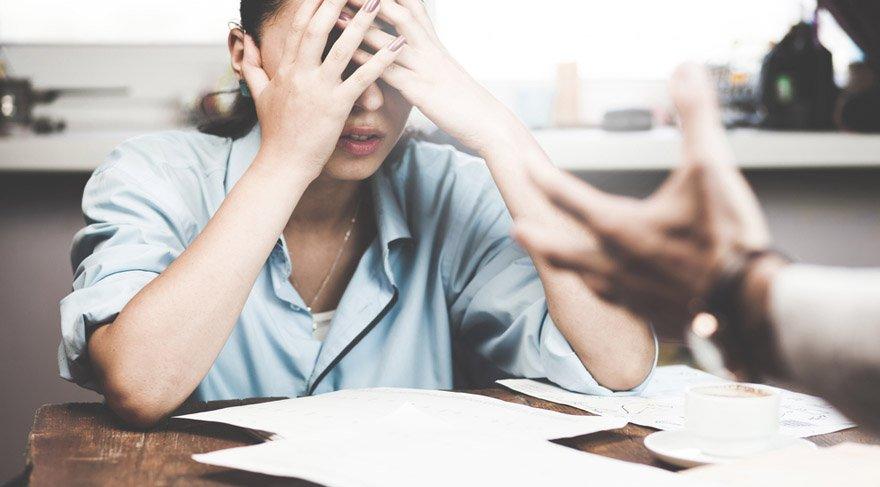 Terazi: İş yerinizde, çalışma ortamınızda gereksiz sinirlenmeler, kibir, ukalalık yüzünden birlikte çalıştığınız kimselerle dalaşmamaya özen gösterin. İş ortamınız bu hafta ekstra gergin olabilir.