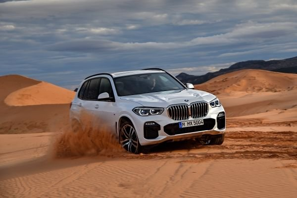 p90303993_lowres_the-all-new-bmw-x5-0